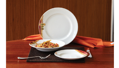 3-piece place setting & Table Charm